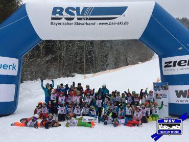 Unsere Skisprungeinsteiger erreichen den 2. Platz beim Grundschulwettbewerb Finale